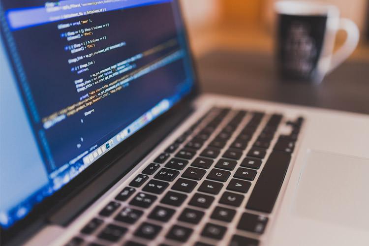 فایل XML چیست و چگونه میتوان از آن استفاده کرد؟